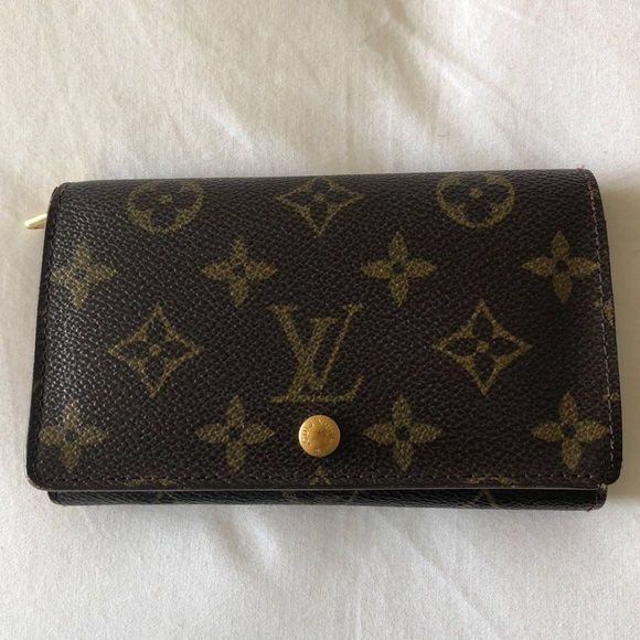 ff1ca483c6d7 Louis Vuitton Handbags - Louis Vuitton Monogram Canvas Porte- Tresor Wallet